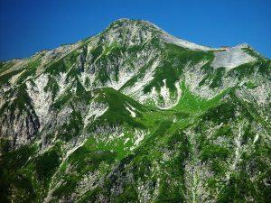 1024px-Mount_Kasa_from_Shakushidaira_2002-8-29