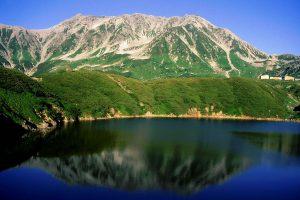 1024px-20_Tateyama_from_Mikurigaike_1998-7-17
