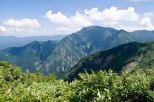 1024px-Mt.Echigokomagatake_02